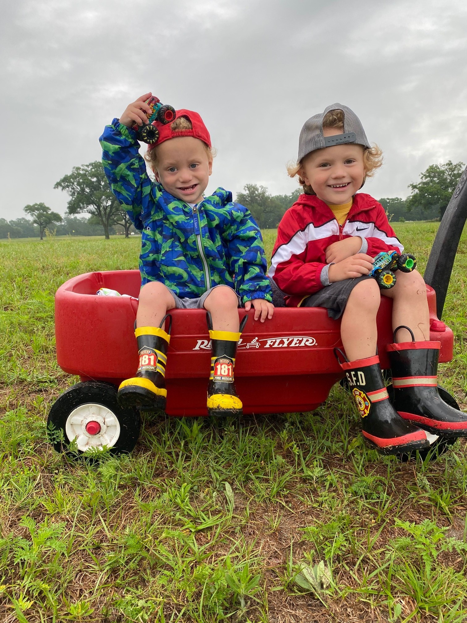 Broward and Brooks Roberts play together outside