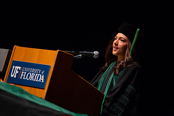 Cindy Medina Pabon, M.D., addressed her classmates during the College of Medicine commencement (Photo by Mindy C. Miller).