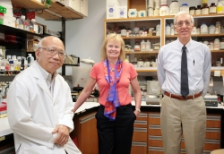 Chingkuang Tu, Ph.D, Susan Frost, Ph.D, and David N. Silverman, Ph.D, researchers from the University of Florida, were able to show a direct link between an increase in both the production and the activity of the enzyme carbonic anhydrase and oxygen deprivation in tumor cells. (Photo by Maria Farias/University of Florida)
