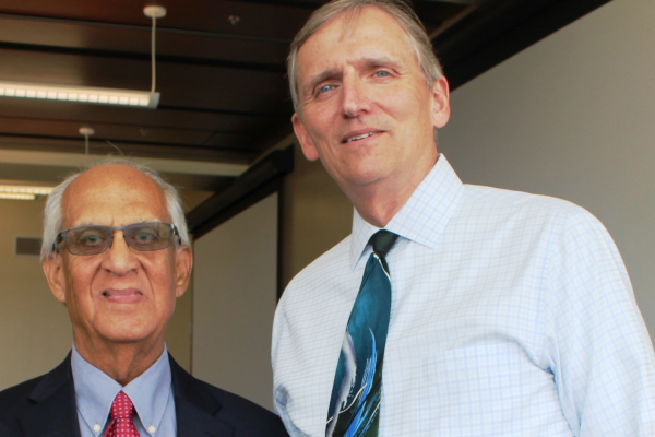 Retired UF professor honored for efforts to promote diversity in veterinary medicine